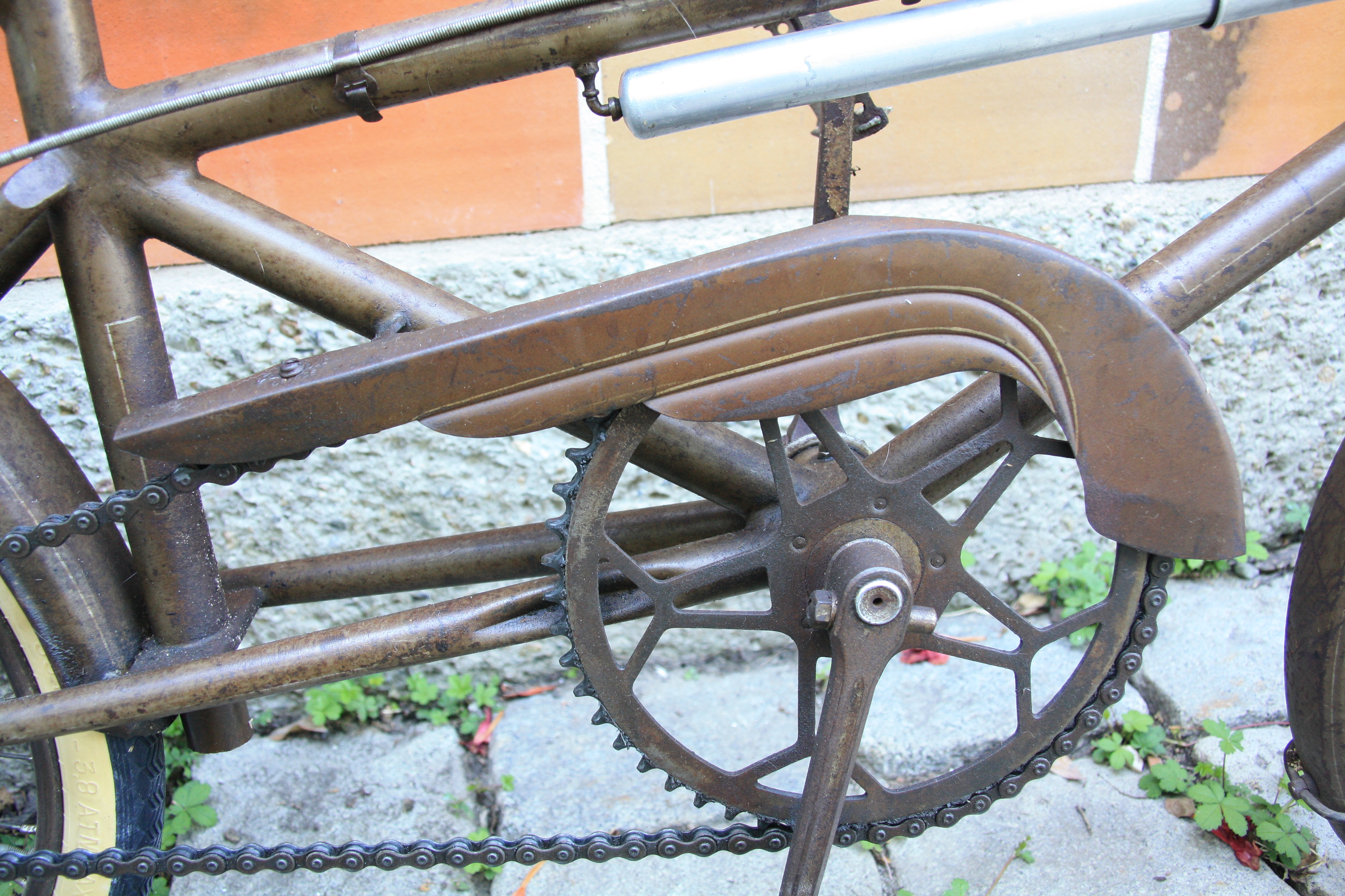 Aluminium VTT Simple Plateau De P/édalier,Forme Ronde Unique Cha/îne Bague Vitesse pour V/élo De Route V/élo De Montagne VTT,104BCD
