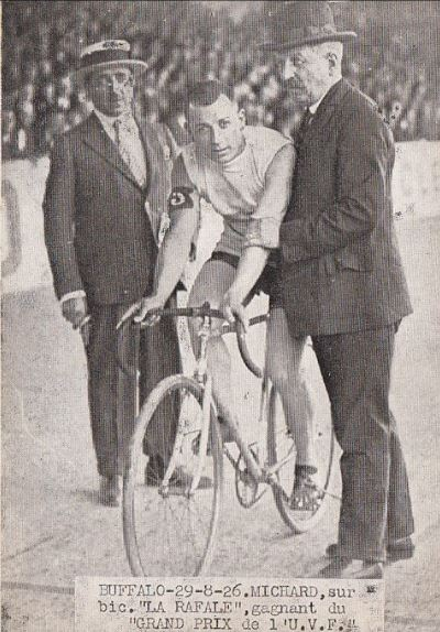 coureur MICHARD 1926 Velodrome buffalo.JPG