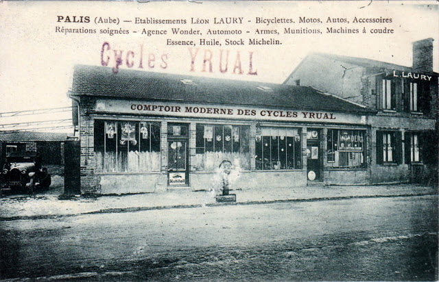palis-etablissements-leon-laury-bicyclettes-motos-autos-michelin-animee.jpg